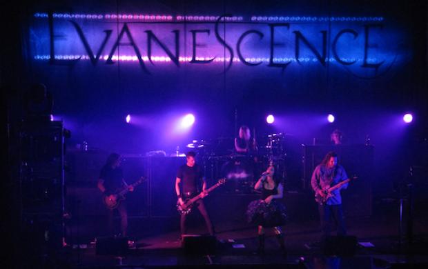 ev band shot