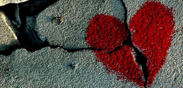 Top 35 Sad Heartbreak Songs Playlist